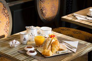 kleines Frühstück 3-Sterne Hotel Paris