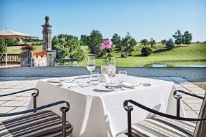 Dordogne - Terrasse mit Blick