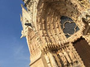 champagne-kathedrale-reims-tor