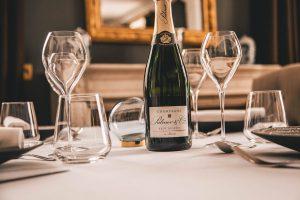 champagne-luxus-gaestehaus-abendessen