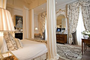 champagne-luxus-hotel-suite