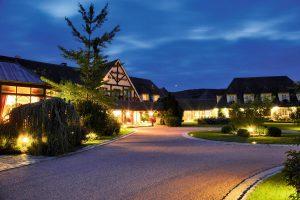 champagne-luxushotel-nachts