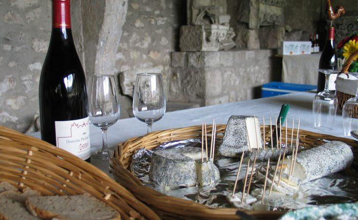 Loire Wein und Kaese