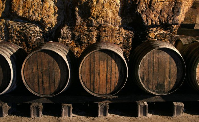 Barriques im Weingut