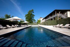 luxushotel-outdoor-pool
